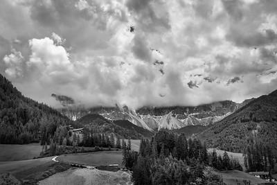 Gogeous le Odle peaks obscured behind gogeous clouds
