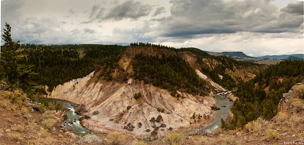 Grand Canyon of Yellowstone- Calcite Springs 5208-5211