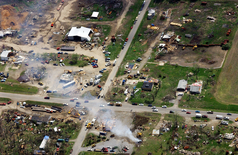 00b0xjbltornado02.cut JESSICA BRANDI LIFLAND / Courier & Press An aerial view of the town of Sims, Illinois which was devastated by a tornado on Sunday afternoon.