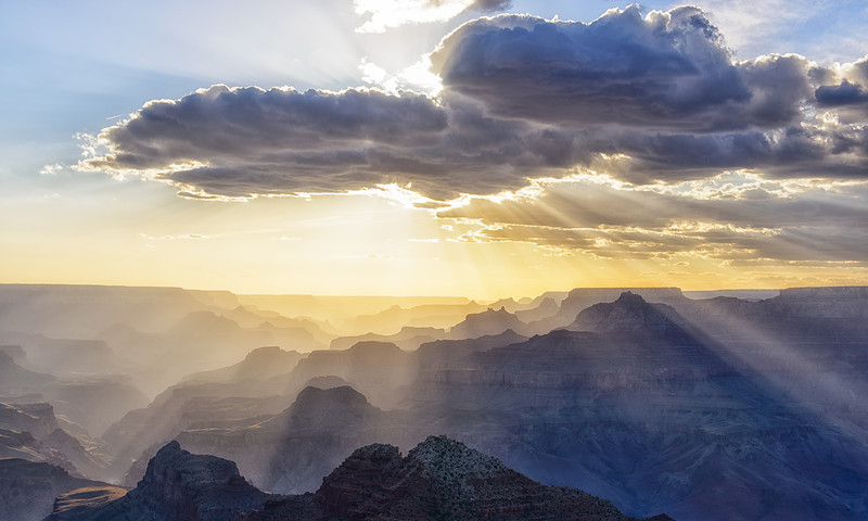 Grand Canyon - Sunrays