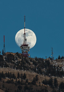 Moonrise over North Peak