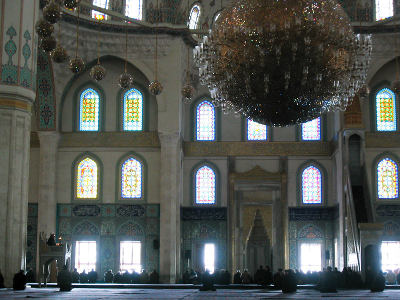 Mosque Inside (Zoom)