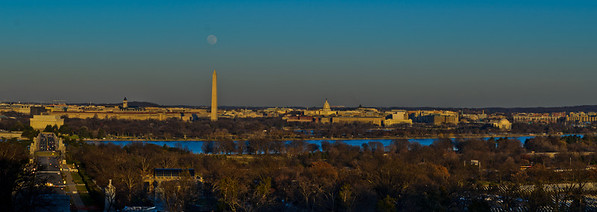 DC Panorama Full Moon