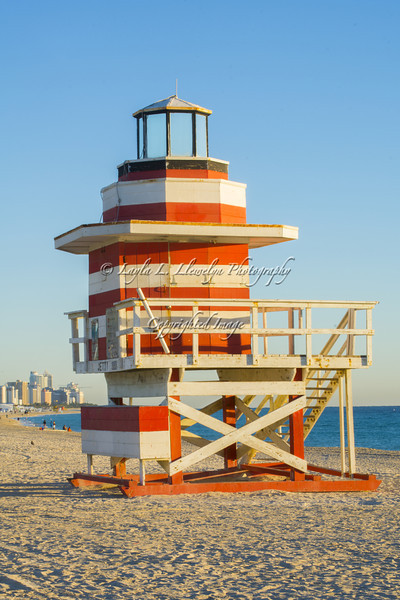 Day 40 (Photo 1) Lighthouse Lifeguard House on Miami Beach (So Be, Florida)