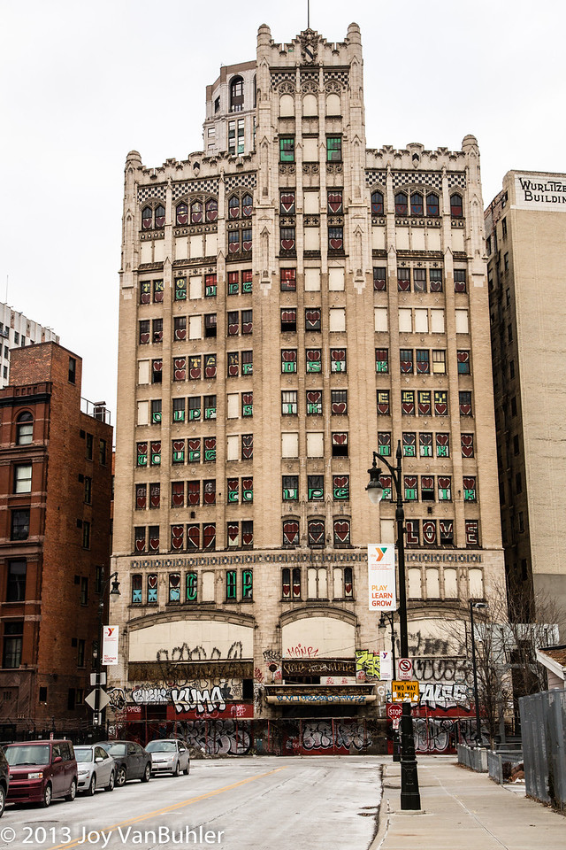 52/52-4: Metropolitan Building