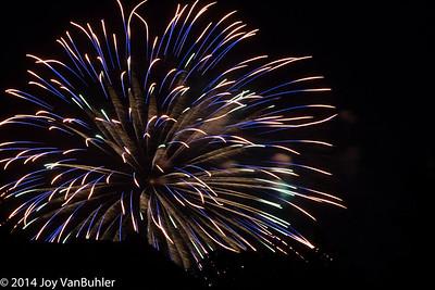 24/52-2: Fireworks