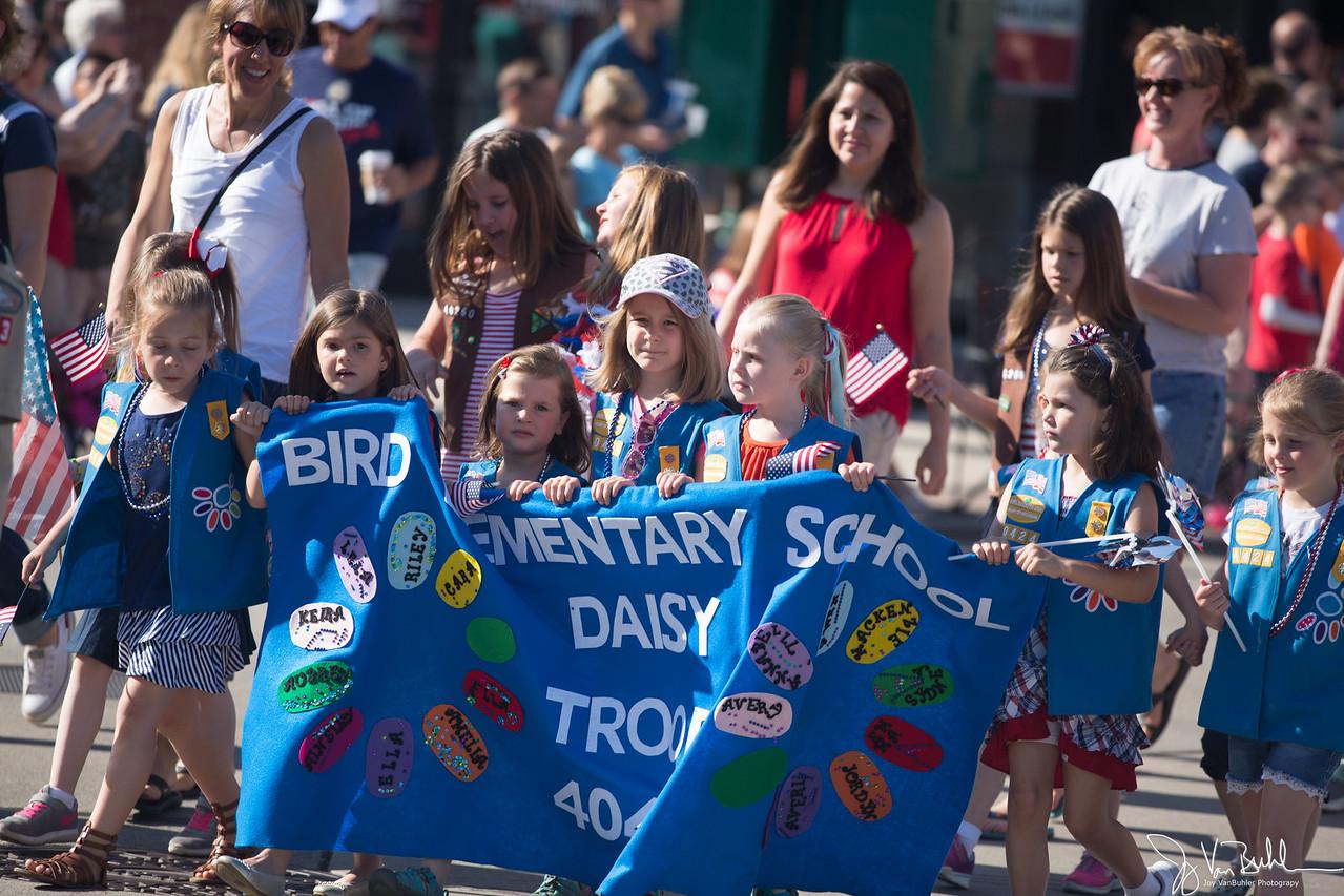 22/52-5: Memorial Day Parade