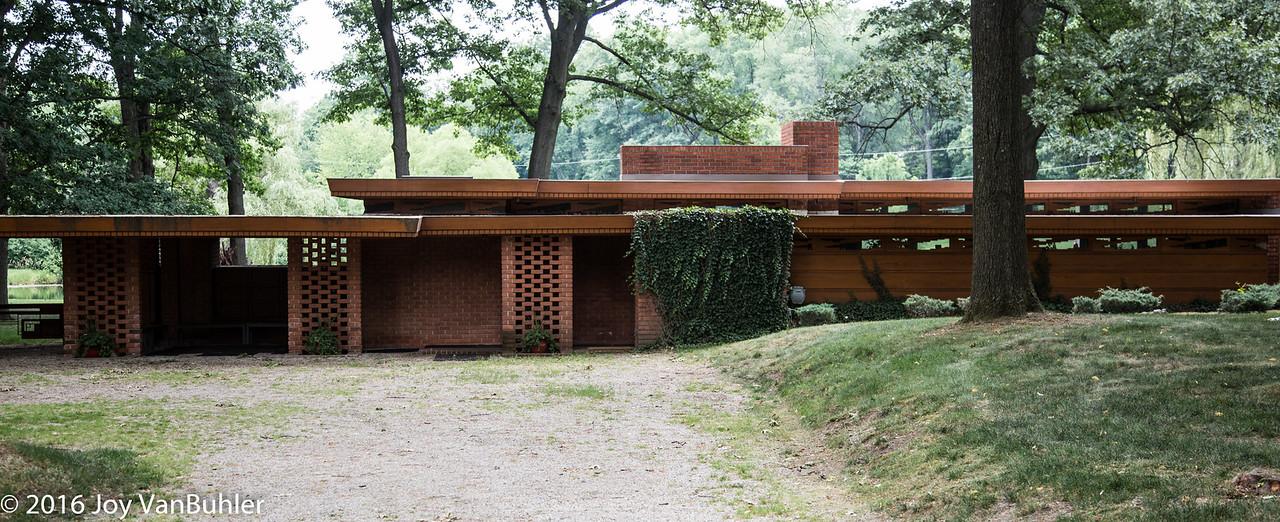 26/52-4:  Frank Lloyd Wright Smith House