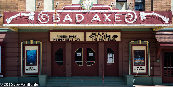 27/52-4: Bad Axe Theatre