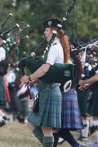 32/52-2: Scottish Highland Games