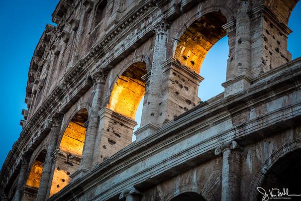 36/52-3: Coloseum