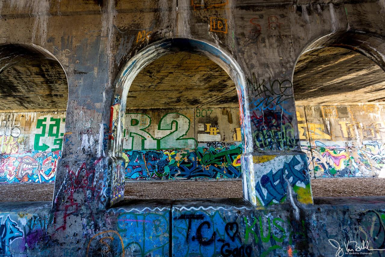 13/52-5: Graffiti