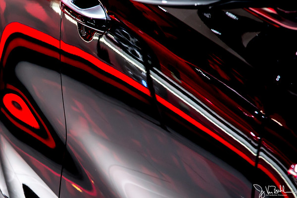 4/52-4: North American International Auto Show