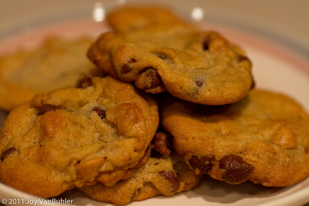 3/31/11 - I was in the mood for something sweet, so I made some cookies tonight.