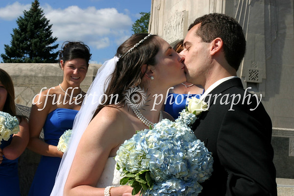 Capturing the kiss of Matt and Lorena during their wedding day, 9-6-08.