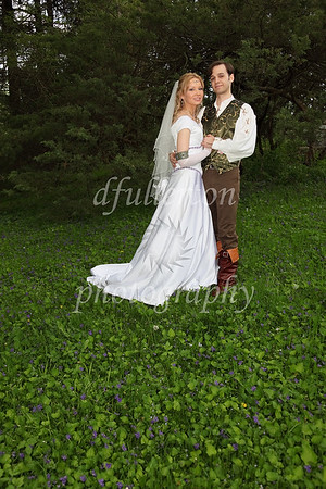 A few overgrown forest paths allowed us to take time out from the reception for some excellent newlywed photography.