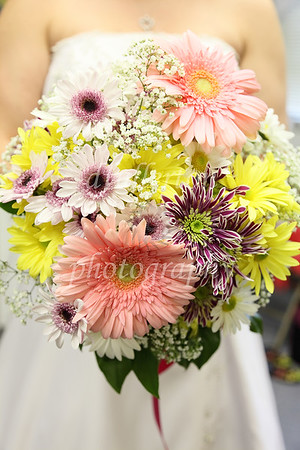 A beautiful bouquet was arranged for Jenay's Wedding Day!
