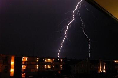EL- Lightning 04