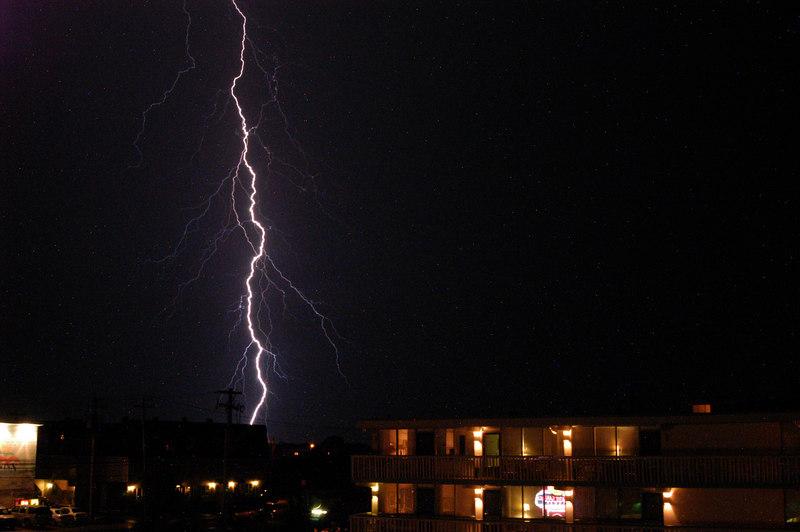 EL- Lightning 05