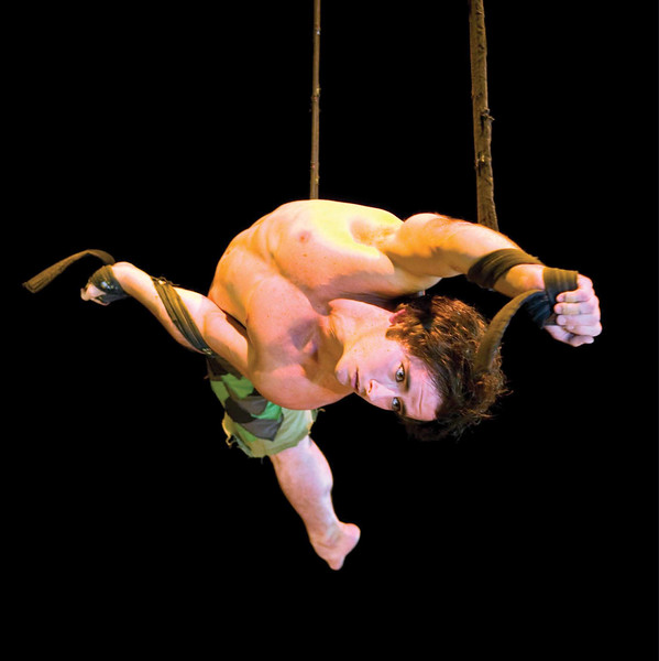 National Institute of Circus Arts. Daniel Crisp.