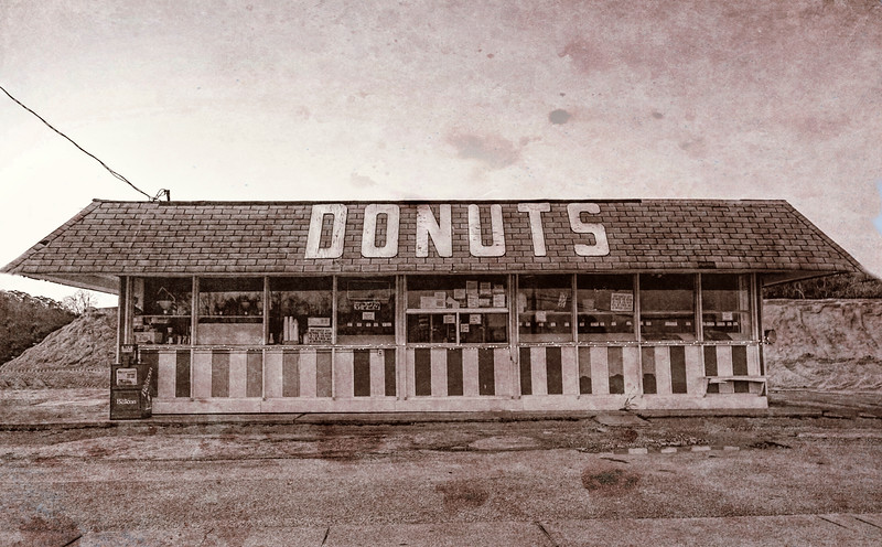 Donut Shop No Longer, Vintage, Niceville, Florida