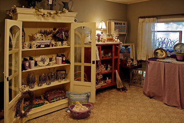 CHLF AUG 2007 Lavender Farm Gift Shop 2
