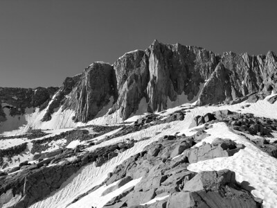 Mount Goode from the Mount Hurd Saddle.  Sierra Nevada Range, California.  Copyright © 2006 All rights reserved.