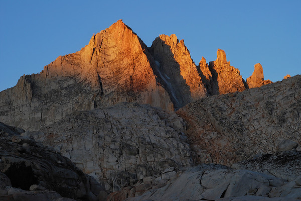 Alpenglow on Feather Peak (Granite Park Basin).  Sierra Nevada Range, California.  Copyright © 2008 All rights reserved.