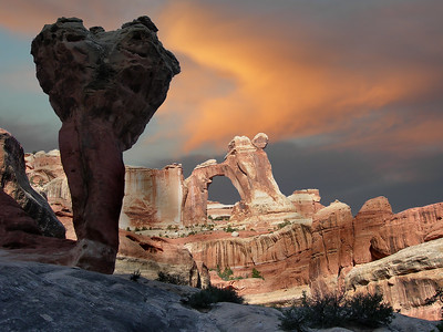 The Molar and Angel Arch Sunrise