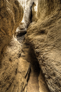 Arroyo Tapiado Mud Cave Slots Anza-Borrego State Park, California. Copyright © 2011 All rights reserved.