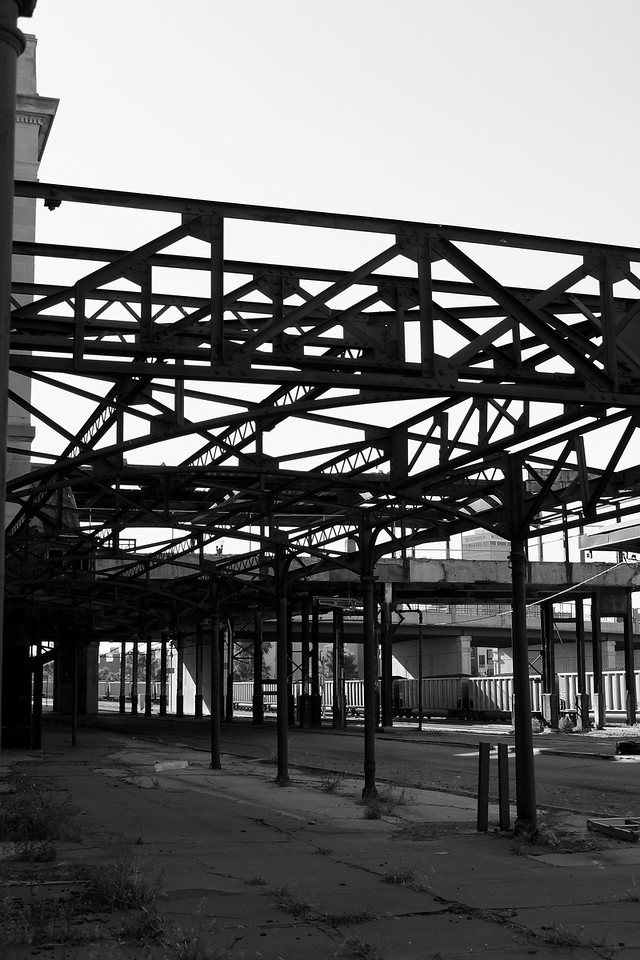 This steel structure is attached to the old Burlington Northern building. To the east sits an Amtrak terminal. Just south of downtown Omaha, this building has become a very popular site for photographers with model shoots.
