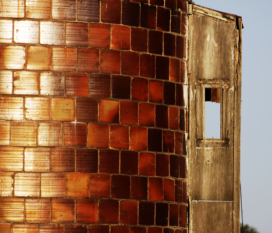 A cool-looking grain silo sits off Highway 50 north of Louisville, a southwest suburb of Omaha, Nebraska.