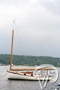 Cat Boat classMIDDLE LINE