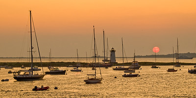 MVI Sunrise 6:08AM / Aug. / Martha's Vineyard, MAClear summer Sunrise