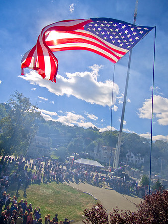 Medford Salute 12:23 PM / Oct / Memorial ParkBright day (smoke from howitzer guns)