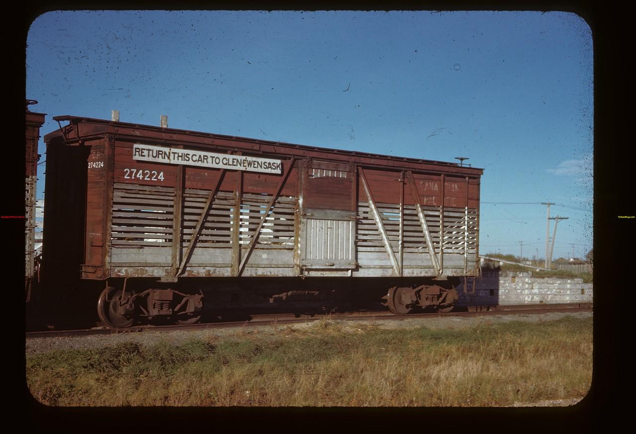 Returnable double deck car - cost $60.00 Glen Ewen 10/02/1944