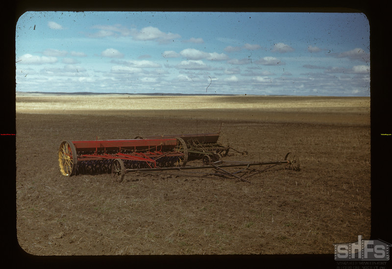 2 drills with tractor hitch	 Matador	 05/15/1948