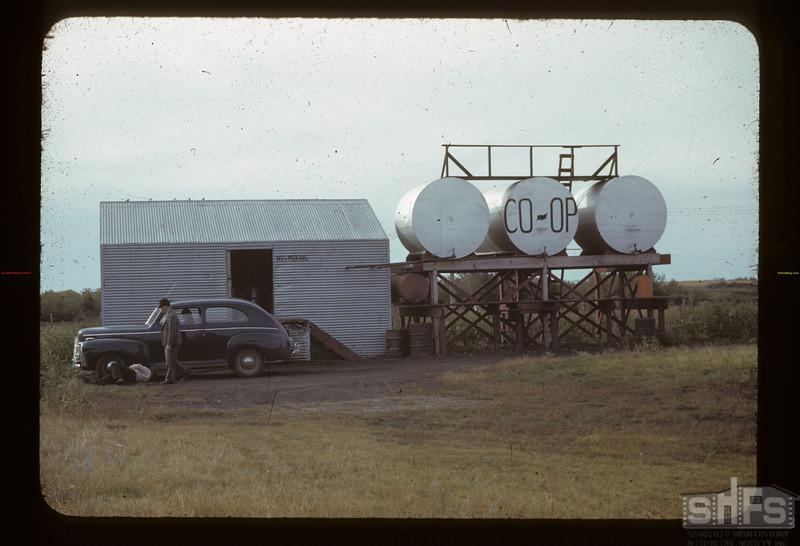 Gainsborough Co-op oil. Gainsborough. 09/11/1942