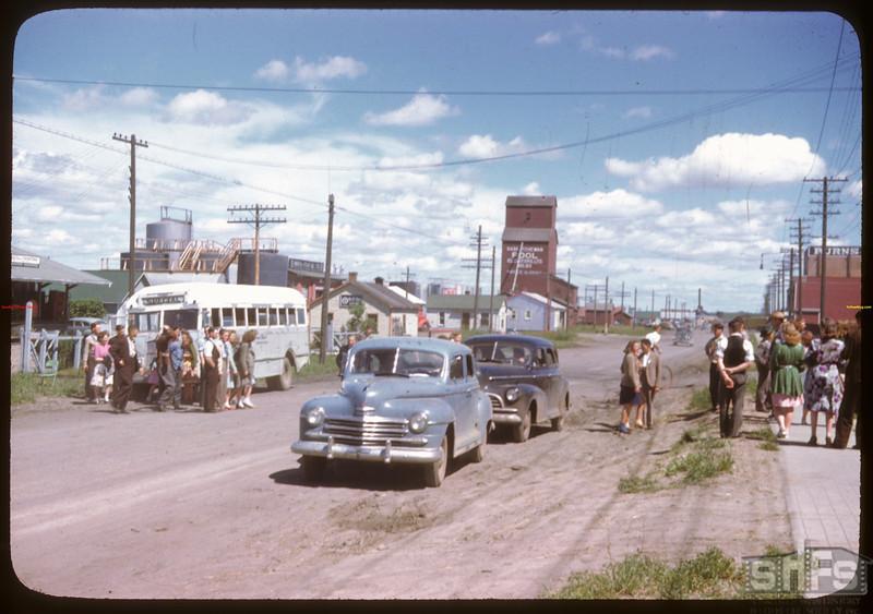 Co-op school seeing P.A. by bus..  Prince Albert.  07/11/1946