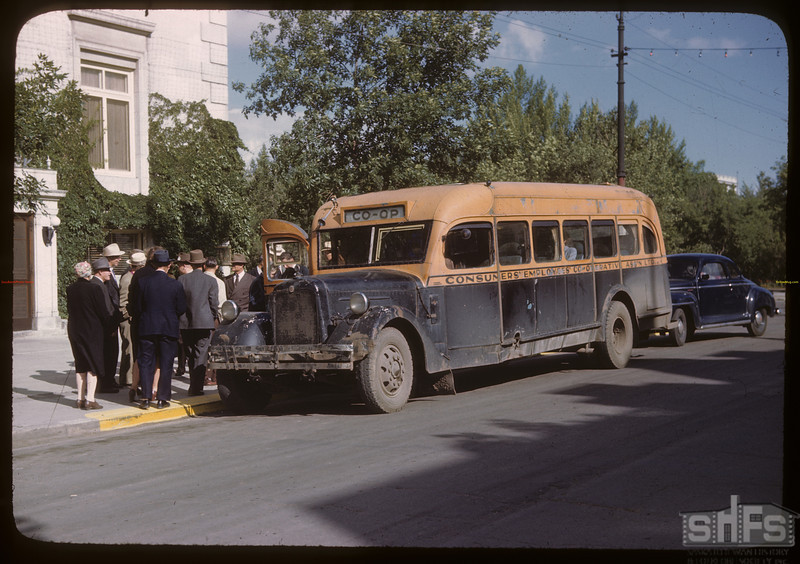 Co-op Refineries employees bus. Regina 08/10/1946