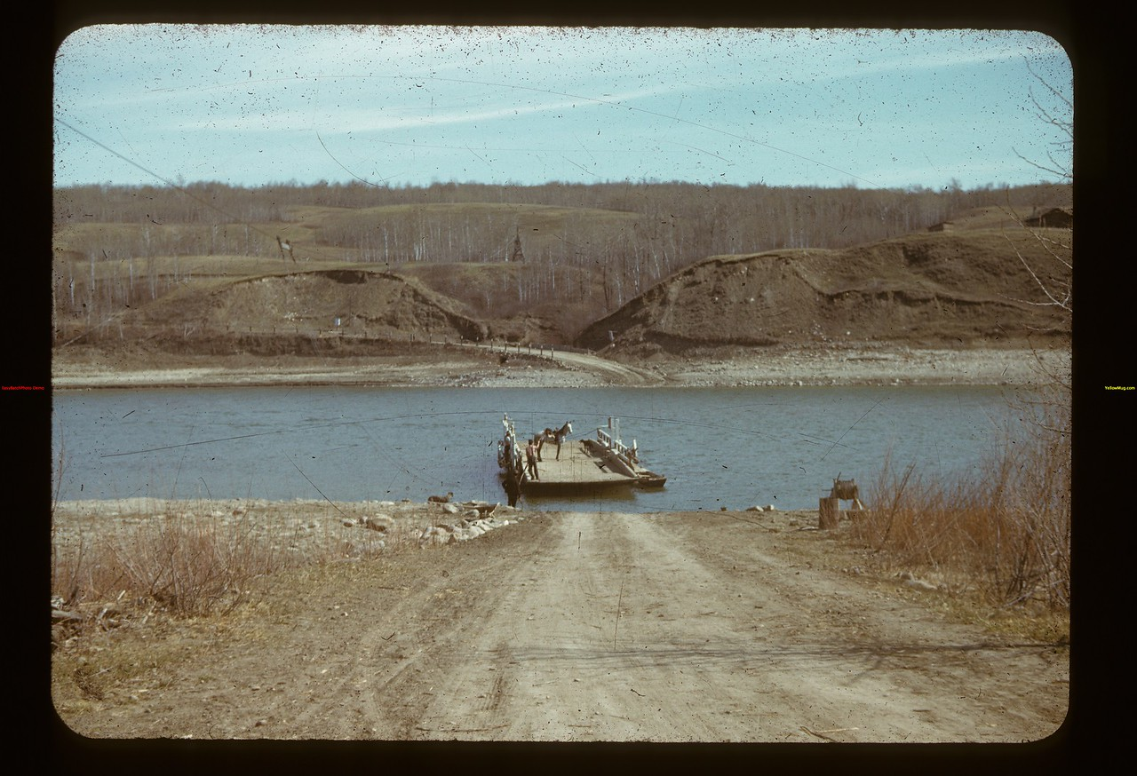 Ferry crossing - N. Sask.	 Frenchman Butte	 04/27/1941