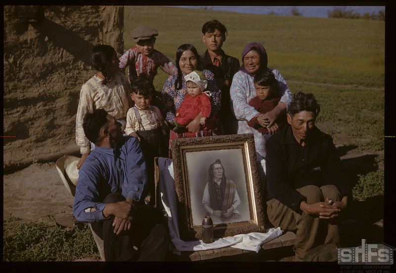 Poundmaker picture and relatives.	Cutknife. 06/18/1942