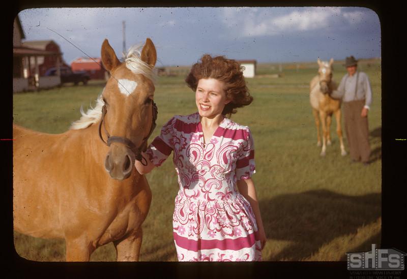 Winnifred Howell with Palomino Liberty 06/15/1946