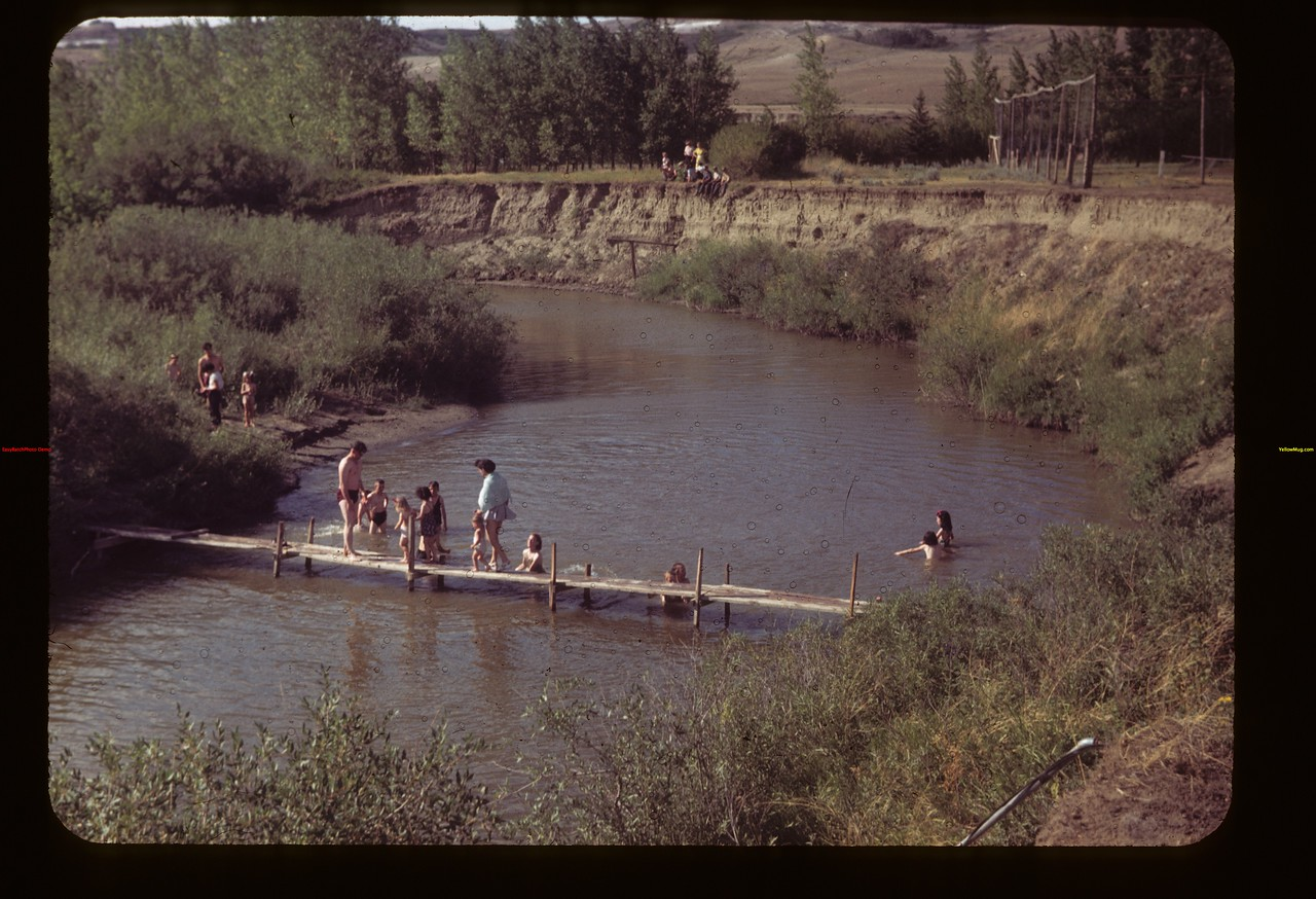 Eastend Frenchman Swimming Hole	 Eastend	 08/07/1949