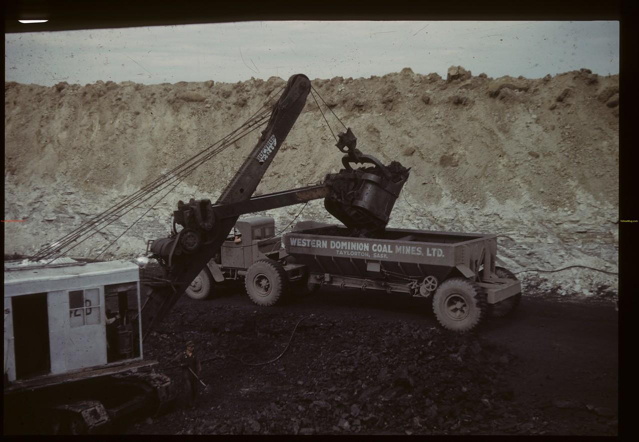 Coal stripper loading diesel truck - Western Dominion Mines Ltd. Beinfait 09/10/1942