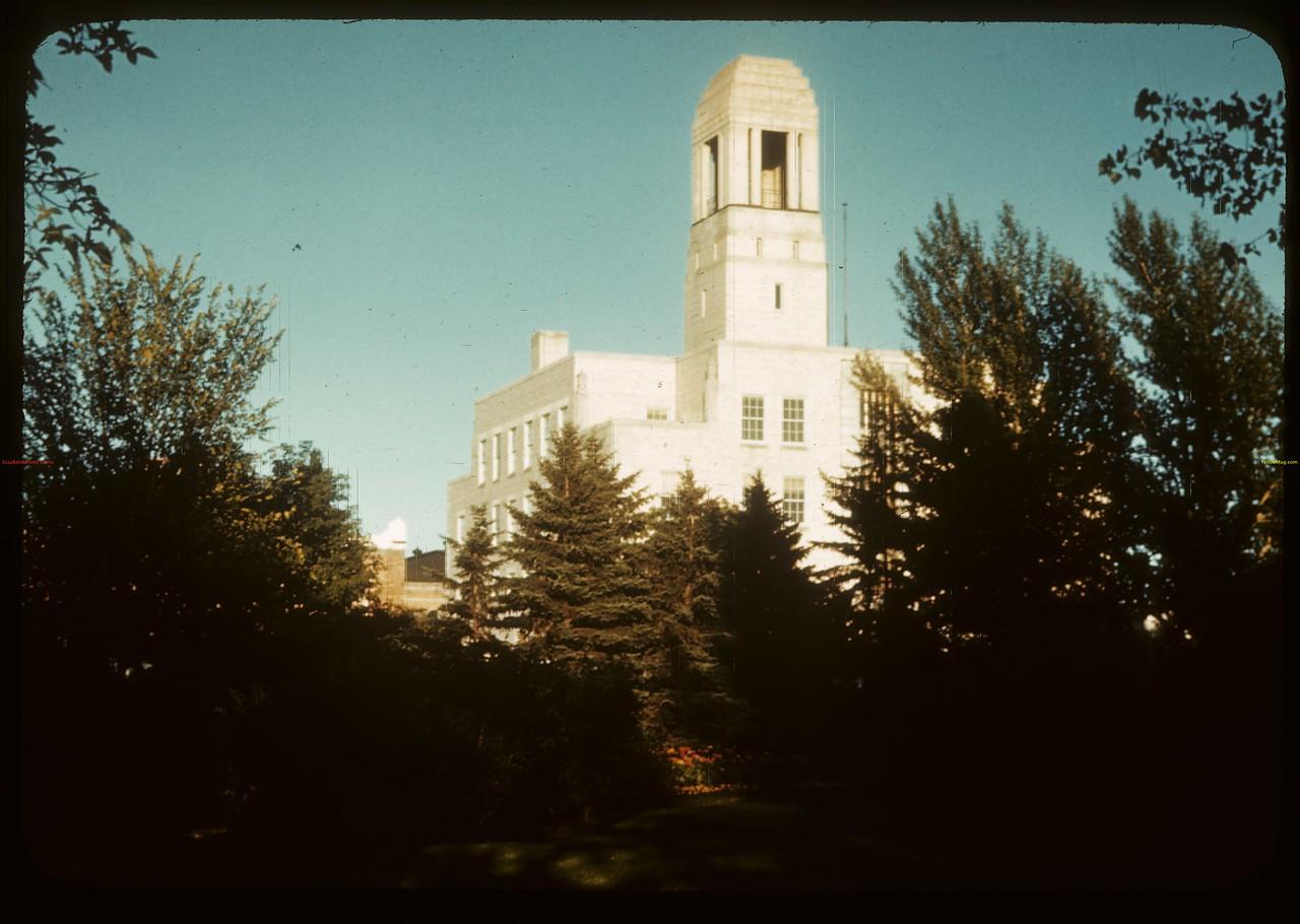 Federal Building from Victoria Park. Regina. 07/29/1946.