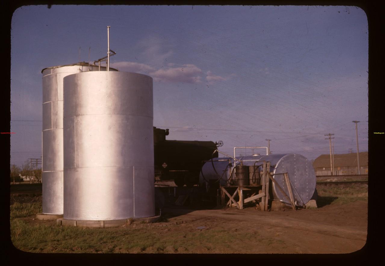 Davidson co-op oil tanks Davidson 05/17/1947