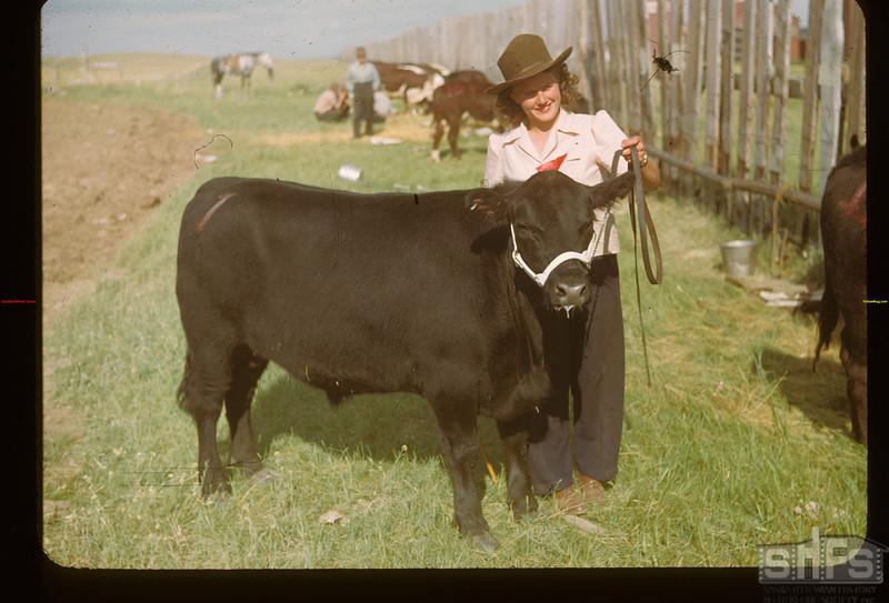 Nora Way and Grand Champion. Mankota 06/08/1948