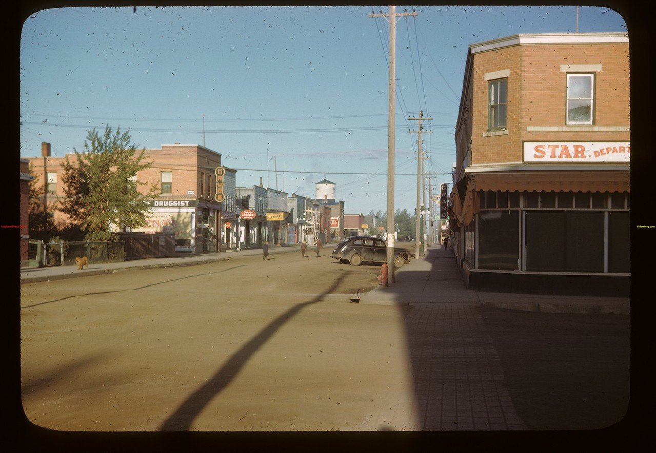 Melfort main street - looking west	 Melfort	 09/28/1946