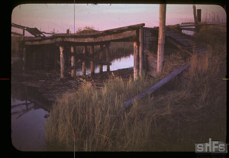 Old Loon River bridge (Duck Land). Makwa 10/01/1948